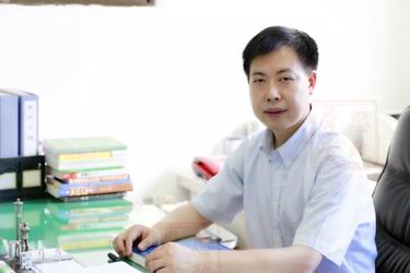 辅导员名师-重庆大学 蒲清平